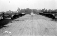 Chicago St Bridge looking south (7-15-1923) (Norman Rexford) Tags: historic bo westernave stonycreek calumet stbenedict dixiehighway mwrd blueisland rockislandrailroad calsag littlecalumet saganashkee fayspoint