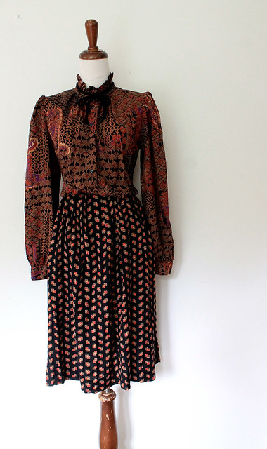 Autumn Paisley Blouson Dress, vintage 80s
