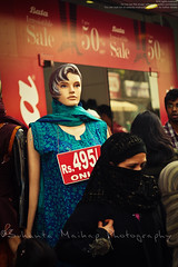 2 States (Sukanta Maikap Photography) Tags: portrait india mannequin bangalore hijab karnataka niqab commercialstreet burqa muslimwoman bengaluru streetshoot canonefs50mmf18ii canon450d oppressionofwomeninislam