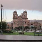 """La Compañia de Jesús, Plaza de las Armas <a style=""""margin-left:10px; font-size:0.8em;"""" href=""""http://www.flickr.com/photos/14315427@N00/6124683145/"""" target=""""_blank"""">@flickr</a>"""