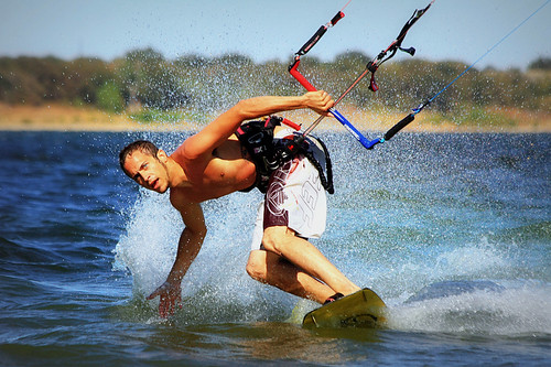 Kitesurfing is the new buzz in extreme water sports