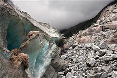 mer de glace (heavenuphere) Tags: snow france mountains alps ice alpes landscape 1 rocks glacier chamonix 1022mm montblanc gi merdeglace massif hautesavoie rhônealpes chamonixmontblanc