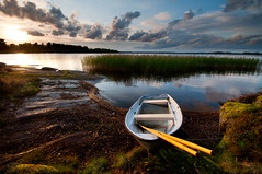 Rowboat (- David Olsson -) Tags: sunset lake reed nature water clouds landscape boat moss nikon cloudy sweden tripod sigma karlstad rowboat 1020mm chained oars vrmland lakescape kronoparken alstern d5000 davidolsson 2exposuremanualblend