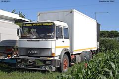 T - IVECO  190/f/35 (marvin 345) Tags: old italy classic truck vintage italia voiture ve historic camion oldtimer lunapark trucks iveco vecchio epoca storico veneto cavallino vecchie storiche iveco190