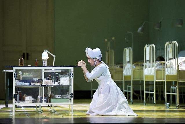Ermonela Jaho as Sister Angelica in Suor Angelica © Bill Cooper/ROH 2011