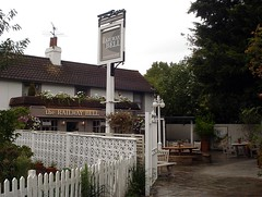 Railway Bell, Hampton, London TW12