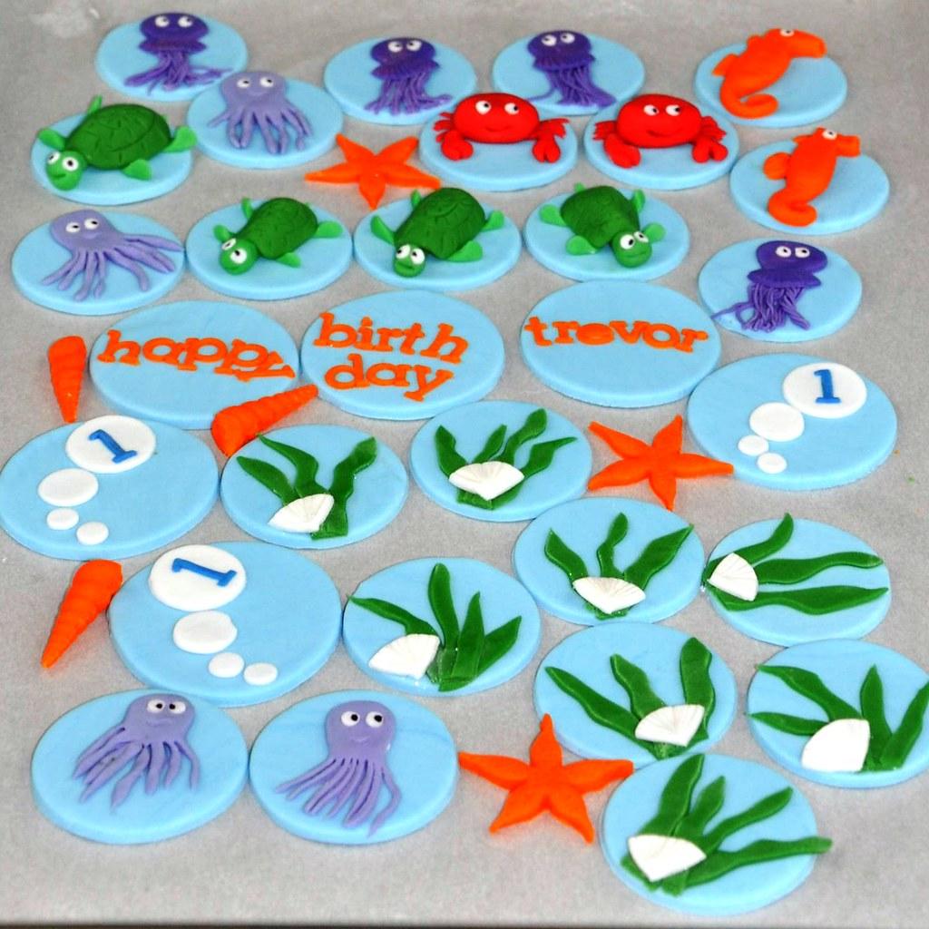 Cupcake Decorating Ideas Under The Sea : UNDER THE SEA THEME DECORATIONS. UNDER THE SEA Under the ...