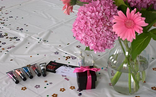 lipgloss-flowers