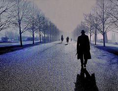 Manhã de inverno (estudo nº 5 com imagem de TV) / Winter morning (study n. 5 with the TV image) (Valcir Siqueira) Tags: morning winter cityscape tvimage blinkagain