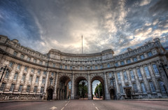 Admiralty Arch (TheFella) Tags: uk longexposure greatbritain sunset england sky sun slr london westminster clouds digital photoshop canon nose eos photo high europe arch dynamic unitedkingdom flag capital palace buckinghampalace photograph processing slowshutter gb 5d flagpole dslr buckingham range charingcross hdr highdynamicrange offices admiralty themall markii admiraltyarch postprocessing photomatix 5dmarkii