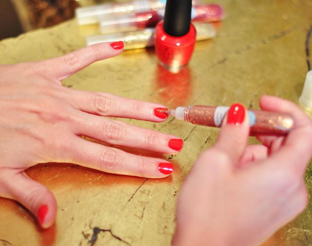 martha stewart  glitter glue on nails over polish