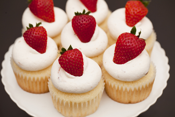 Strawberries And Cream Cupcakes Strawberry Cream Frosting