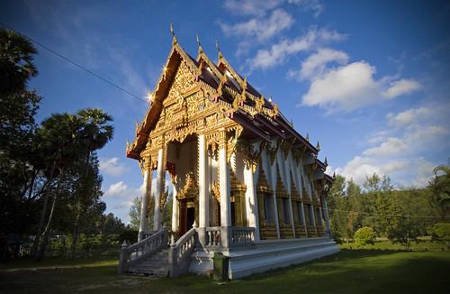 Naiharn Temple