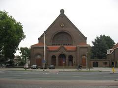 Tilburg rk kerk H.Maria Margaretha Alacoque (Arthur-A) Tags: church netherlands mar maria nederland kirche tilburg paysbas kerk brabant eglise niederlande noordbrabant margaretha alacoque