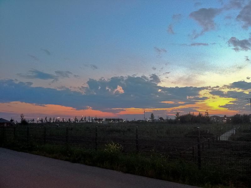 Sonnenuntergang Baugebiet