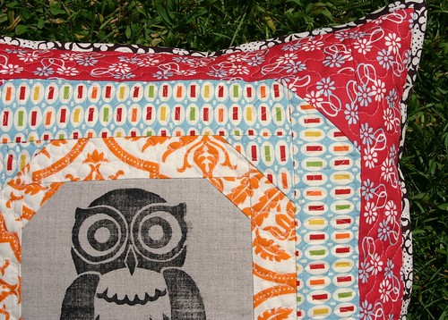 Owl Pillow - quilting