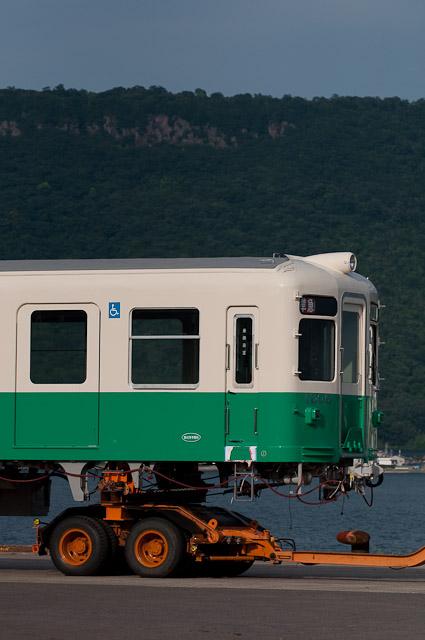 琴電1306トレーラー積載