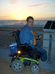S6300328 (ampulove.net) Tags: above alex belgium wheelchair knee left amputee legless mariakerke