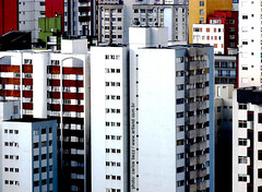 selva de pedra (artland) Tags: street city blue windows red cidade brazil white black color building window colors rock wall brasil buildings cores studio edificios rocks edificio cities colores curitiba jungle rua parana cor artland metropole ruas predio cidades predios citie colorphotoaward carlosbezz artlandstudio