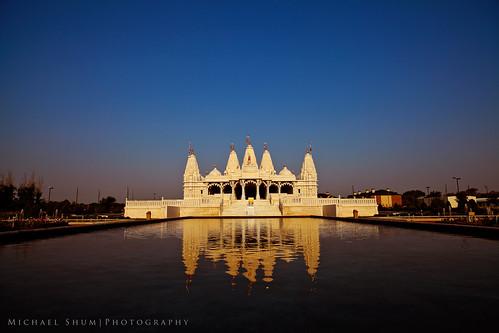 365.107 BAPS Shri Swaminarayan Mandir