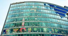 POST-IT FEVER LA DEFENSE PARIS (nARCOTO) Tags: lune tintin gdf fusee objectif suez