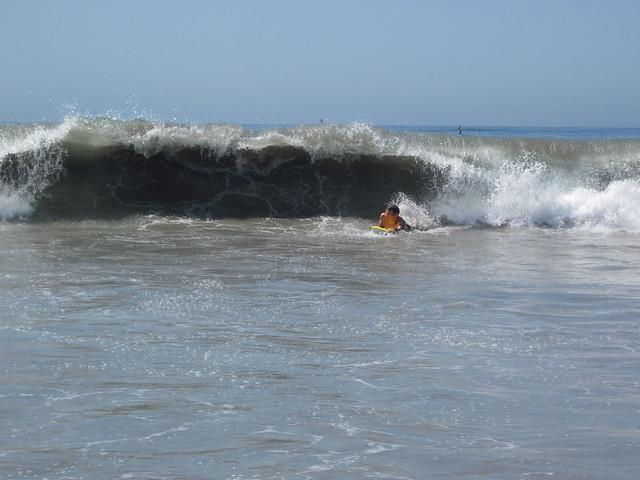 D3 beach josh wave