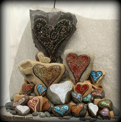 Just a Few Mosaic Hearts!~!!!! (21) (Chris Emmert) Tags: pink blue chris red white black green rock stone gold mixedmedia sienna mosaics copper iridescent paperweights ballchain emmert temperedglass gardenstones flickrmosaicartists chrisemmertcom