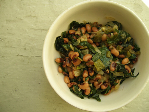 veganly blackeyed peas with collard greens