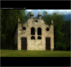 An old Pigsty and Dovecote (Gianfranco Dramis) Tags: italy architecture pigeons bishop belluno dovecote pigsty cet veneto prealps prealpi oldstructures crede valbelluna castion alpinefoothills prealpibellunesi sailsevenseas valtibolla giulioberlendis