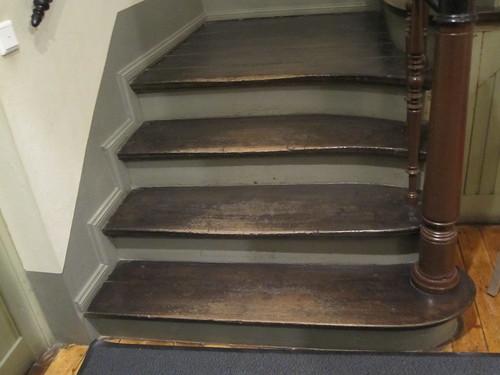 Kuluneet portaat by Anna Amnell