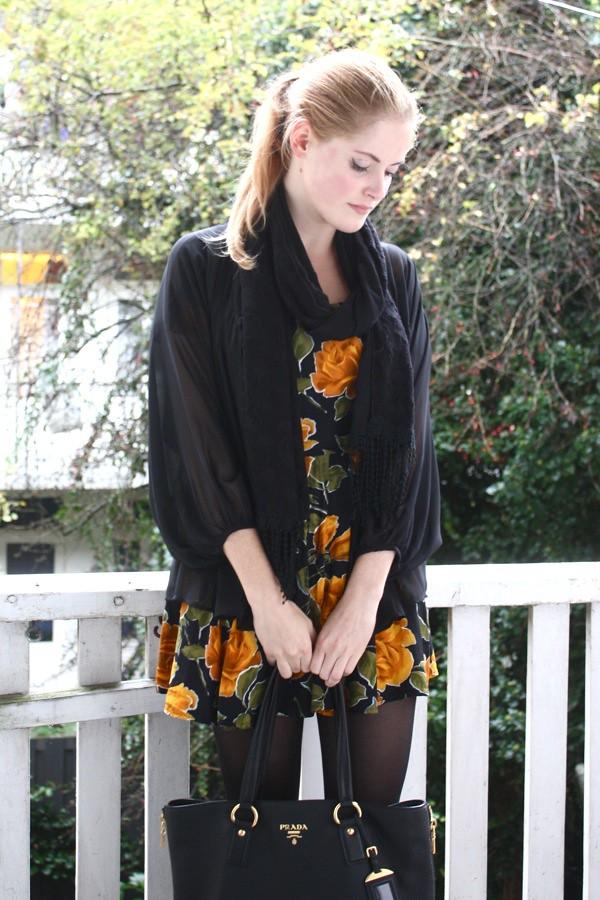 renee sturme fashionfillers vintage dress black cape
