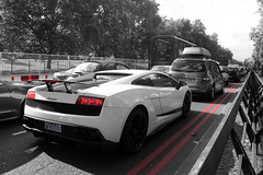 Traffic Jam. (Mado Rizk) Tags: park new uk red england white black london canon eos britain united 4 great kingdom lane lp gb lamborghini gallardo lambo 500d superleggera 570 lp5704 lp570
