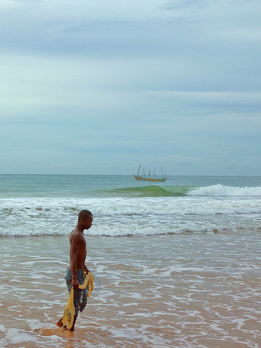 Fishing at the coast, photo by Cambria Finegold, 2010102 africa