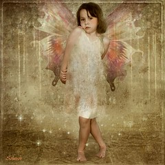 Little Fairy Girl (Schendo 361) Tags: atlanta wings princess fairy magical iphotooriginal smigrod iphotoconverted littlefairygirl