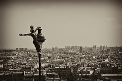 Freestyle in Paris (Iya TRAORE - Montmartre)... (EXPLORED 08.08.2011 best rank #18 ... Thank you all) (Arnaud D...) Tags: paris france monochrome french blackwhite football freestyle noiretblanc montmartre sacrcoeur parisian sacredheart iya paname iyatraore borderfx