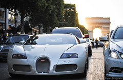 Bugatti 16.4 Veyron GrandSport (BenjiAuto (Ratet B. Photographie)) Tags: road sunset shadow white france cars sport nikon arc triomphe gear grand arab 164 autos 1855 bugatti luxury supercar supercars veyron ksa 55200 grandsport d3000 ratet worldcars hypercars