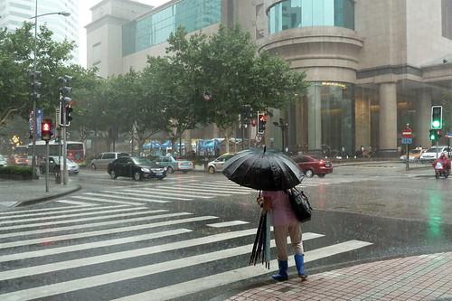 Thunderstorm at South Huangpi Road Station