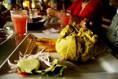 Avispa Juane (Lzuli) Tags: naturaleza verde luz caballo persona lluvia arte amor cielo nubes choza gastronoma moyobamba