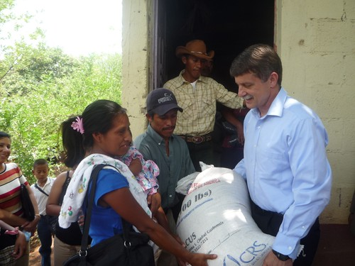 U.S. Ambassador to Guatemala Stephen McFarland provides food assistance to a family in the department of Santa Rosa. Photo credit: U.S. Embassy-GuatemalaU.S. Ambassador to Guatemala Stephen McFarland provides food assistance to a family in the department of Santa Rosa. Photo credit: U.S. Embassy-Guatemala
