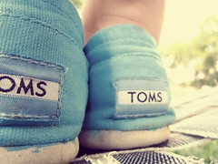 TOMS. (KatherineGrace21) Tags: blue light nature vintage diy cool shoes paint pretty toms