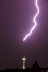Lightning strikes the TV Tower (Matt Biddulph) Tags: storm berlin fernsehturm lightning tvtower explored