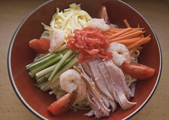 Hiyashi chuka (fightingscot) Tags: food japan japanese cucumber tomatoes egg shrimp ham noodles carrots omelette hiyashichuka benishoga gingerpickled