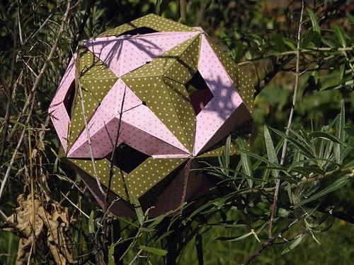 2 Dodecahedra