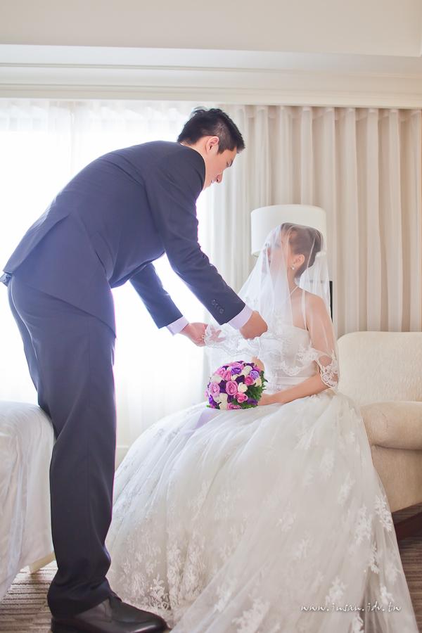 wed110703_0457