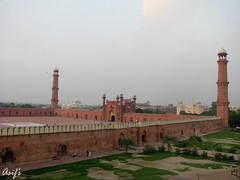 EID Mubarak to everyone!! =) (Asif-) Tags: pakistan architecture canon lahore asif masjid badshahimasjid mughalarchitecture asifmahmood