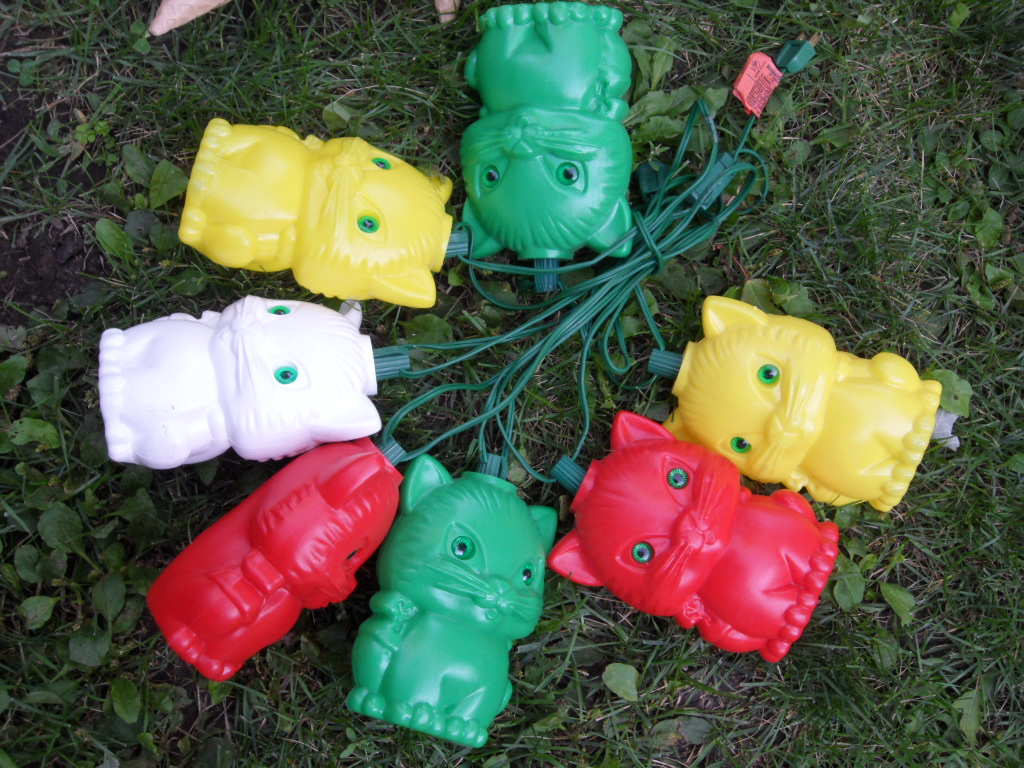 Kitty Cat Patio Lights (opensky83) Tags: Old Camping Party Cats Vintage  Lights Kitty