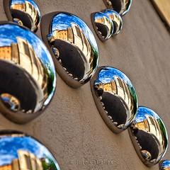 Reflejos de Catedral (55 y 56 EXPLORE - 31-08 y 01-09-2011) (Jose Casielles) Tags: color luz metal len texturas reflejos brillos yecla mediabola fotografasjcasielles
