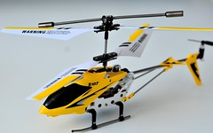 toy helicopter rc heli syma rchelicopter s107 symas107 s107g (Фото sayamindu на Flickr)