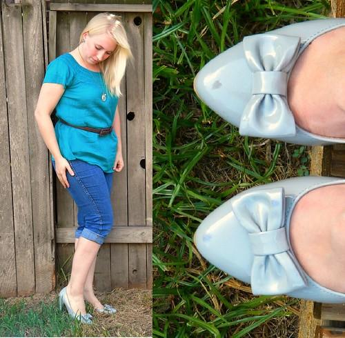 gray bow heels