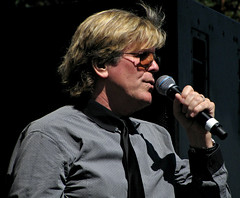 Peter Noone (Sandra Leidholdt) Tags: portrait usa man male men celebrity america us concert colorado unitedstates stage profile denver pop american singer herman beat vocalist actor microphone british entertainer leadvocals sixties civiccenter september4 britishinvasion amricain popularmusic 2011 peternoone tasteofcolorado hermanshermits hermanandthehermits englishbands sandraleidholdt englishband blackties sandyleidholdt peterblairdenisbernardnoone